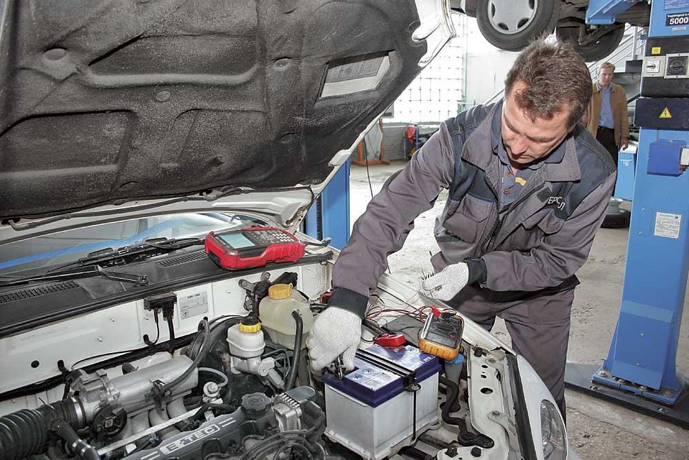 Как правильно эксплуатировать автомобильный аккумулятор зимой?
